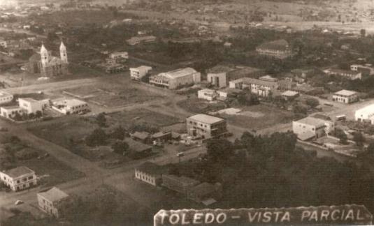 Vista aéra da Praça Willy Barth - 1957