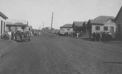 Rua 7 de setembro, esquina com a Barão do Rio Branco - Déc. de 1950